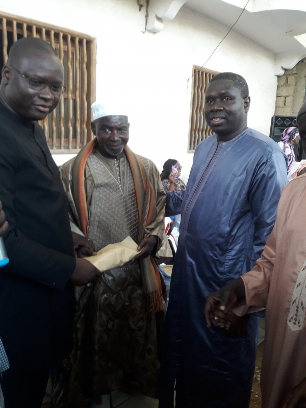 SOCIETE : Macky Sall offre 5 millions aux Kankourangs de Mbour.