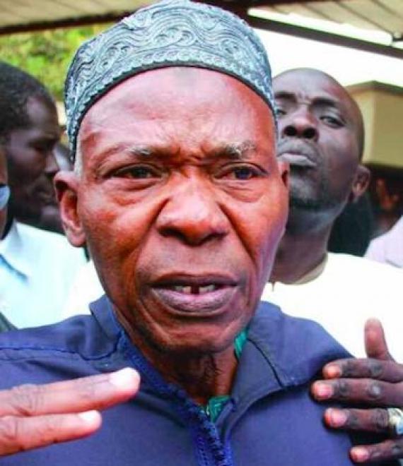 Le père de Mamadou Diop, Mama Diop