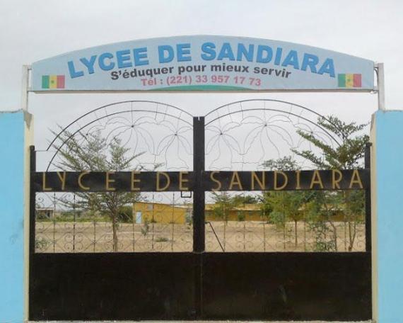 OUVERUTRE DU LYCEE TECHNIQUE DE SANDIARA : Le Maire invite le Président de la République à venir l'inaugurer.