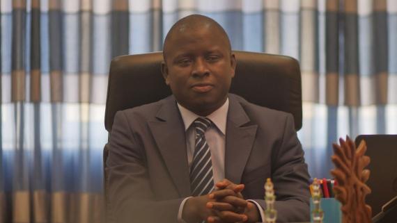 Par Exemple…CHEIKH ISSA SALL  Un haut fonctionnaire très engagé pour le développement de son pays (LE SOLEIL)