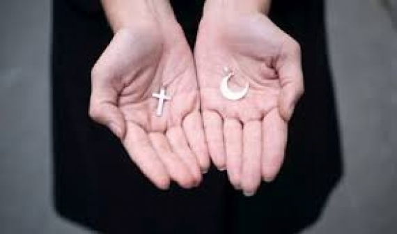 Mgr André Guèye salue la coexistence pacifique des religions