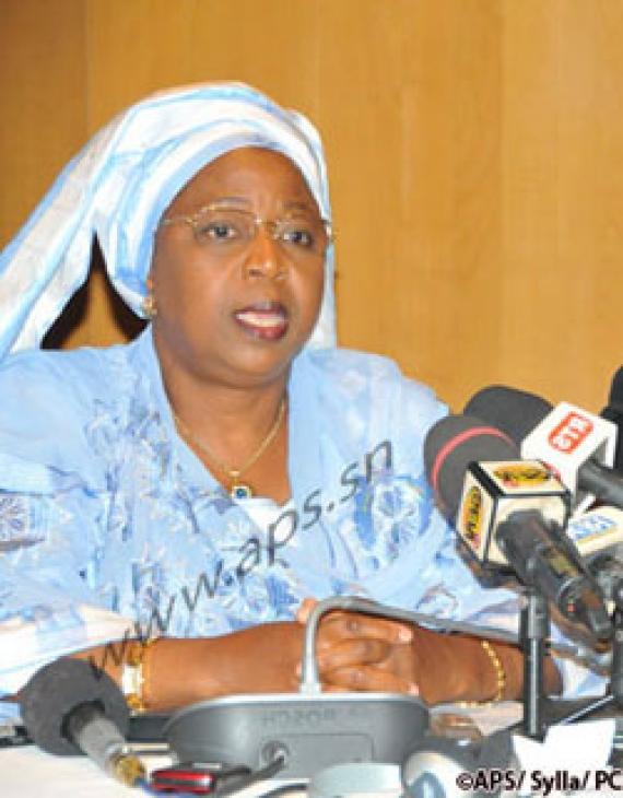 Un Guinéen infecté du virus Ebola en quarantaine à Fann (officiel)