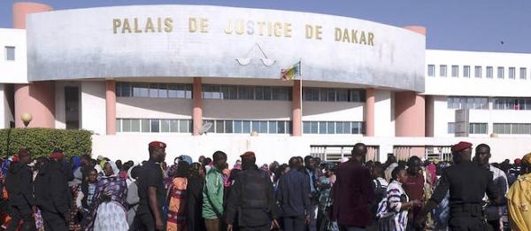 INVALIDATION DE LA CANDIDATURE DE KHALIFA SALL - Pape Saer Gueye, Docteur en Droit analyse le cas : « Quand la politique entre par la porte, le droit sort par la fenêtre »