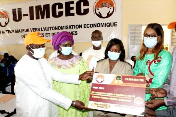 DIASS – FINANCEMENT DES FEMMES : 550 millions de francs financés aux femmes pour développer leurs activités.