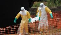 Ebola s'étend en Afrique, l'inquiétude gagne le reste du monde