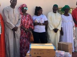 SOUTIEN AUX ÉLÈVES DE LA MÉDINA : Cheikh Tidiane BA offre 1200 kits aux élèves.