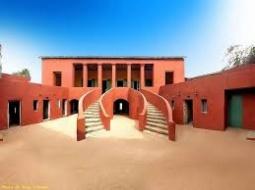 TOURISME CULTUREL : La Maison des esclaves de Gorée, lauréate du prix  d'excellence Trip Advisor