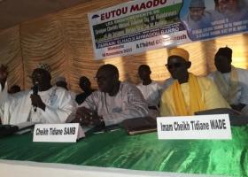 5ème édition du forum EUTOU MAODO : Serigne Cheikh Tidiane et Serigne Abdoul Aziz Al Amine présents dans la salle.