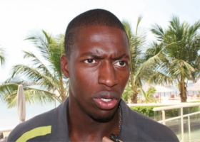 PAPE KOULY DIOP, international sénégalais (FOOTBALL)