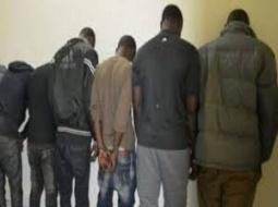 MBOUR – SOCIETE : 5 faussaires arrêtés pour avoir volé 5.700.000f CFA à une suisse.