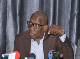 EMIGRATION CLANDESTINE : Mamadou Diop Decroix dénonce l'absence d'une politique de la mer.
