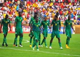 Aliou Cissé  rappelle Mohamed Diamé et offre leur première sélection à Issa Sarr et Younouss Sankharé
