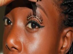 Tabaski 2020 - Esthétique féminine : Les poses cils en vogue dans Mbour.