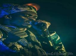 Baye Gallo Sarr, chanteur et peintre :  « Il y a trop de copier-coller dans la musique sénégalaise »