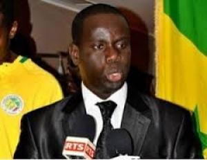 AFP : 12 membres dont El Hadj Malick Gackou exclus