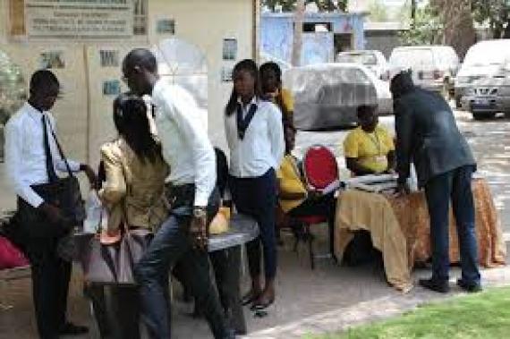 COMMUNIQUÉ : L'Union européenne soutient l'emploi des jeunes, l'entrepreneuriat, la formation professionnelle et le développement des entreprises dans les régions de Casamance, du Sud-est et du Nord du Sénégal.